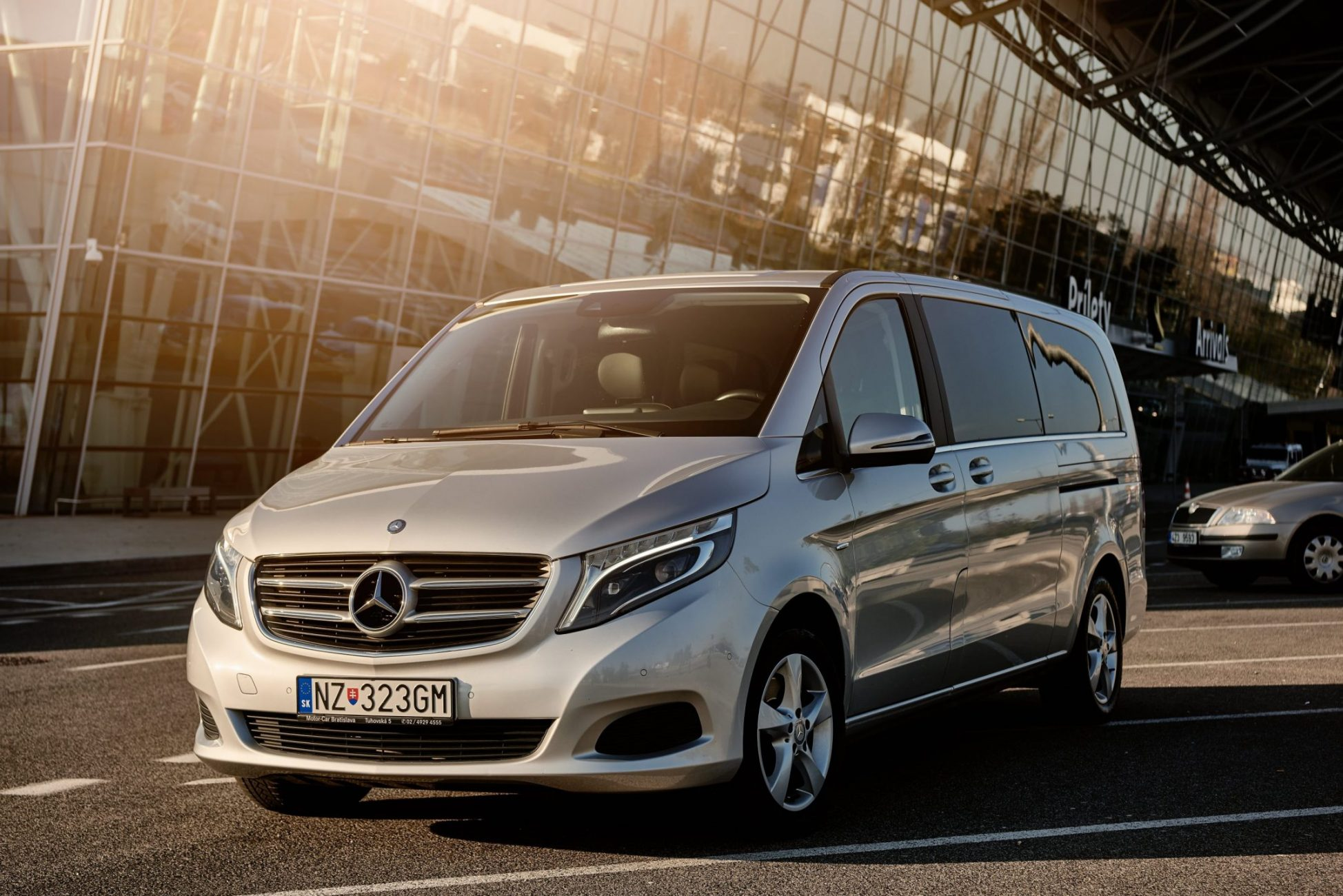 Mercedes_Benz_V_predoma.sk